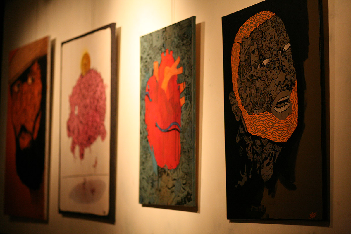 canvas exhibition